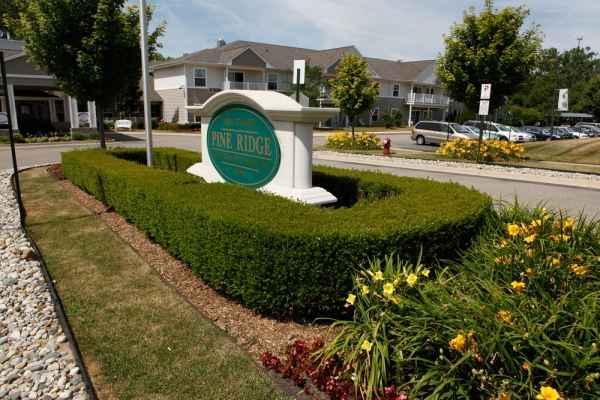 Pine Ridge of Plumbrook in Sterling Heights, MI