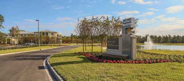 Bartram Lakes Brooks Assisted Living in Jacksonville, FL