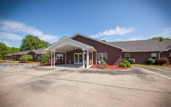 Walnut Ridge Memory Care - Greensburg, PA
