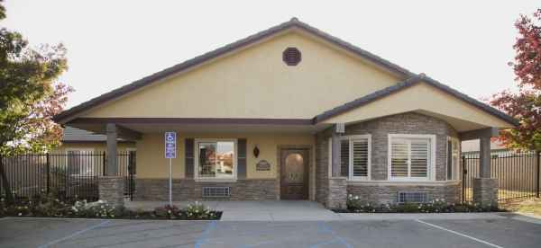Bella Vista Memory Care Community in Fresno, CA