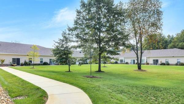 Maple Lake Assisted Living - Paw Paw, MI