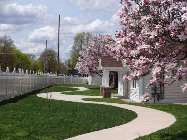 Sensations Memory Care Residence - Charlotte, MI