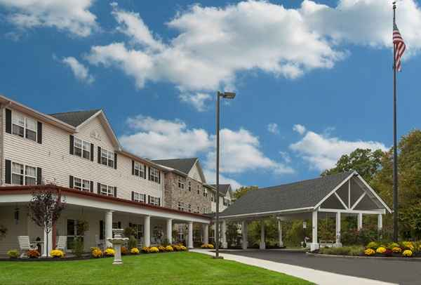 Voorhees Senior Living - Clementon, NJ