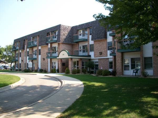 Ross Park Apartments - Sleepy Eye, MN