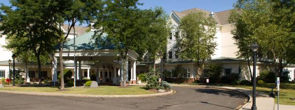 Whispering Knoll Assisted Living - Edison, NJ