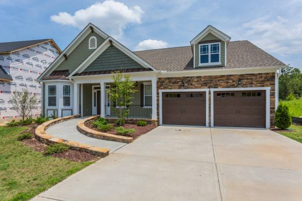 Avendelle Assisted Living at Carlton Pointe - Rolesville, NC