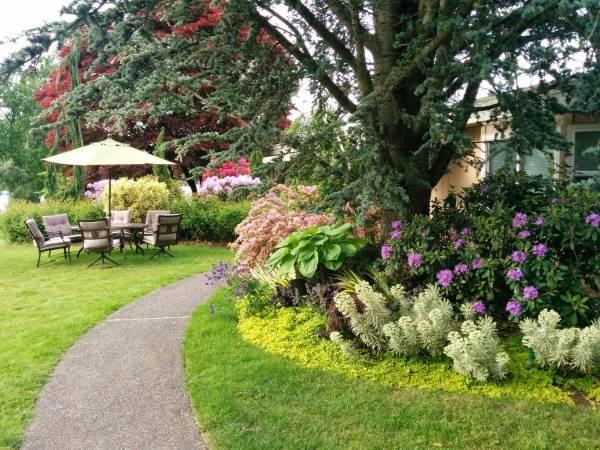 Lakeside Gardens on Wiser Lake - Lynden, WA