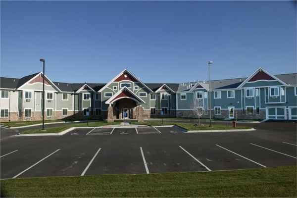 Grand Meadows Senior Living in Glencoe, MN