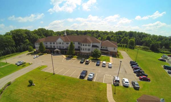 Windsor House at Liberty Arms Assisted Living Residence - Youngstown, OH