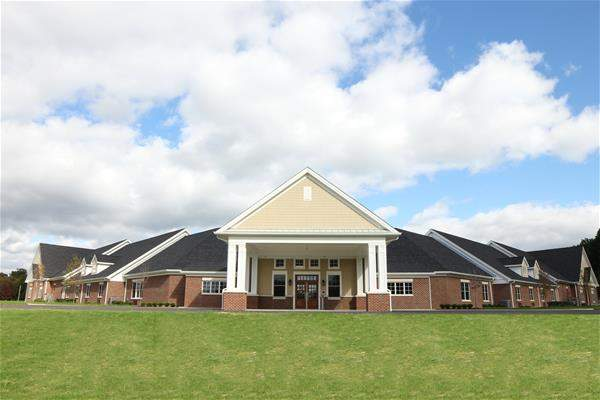 Champion Estates Assisted Living - Warren, OH