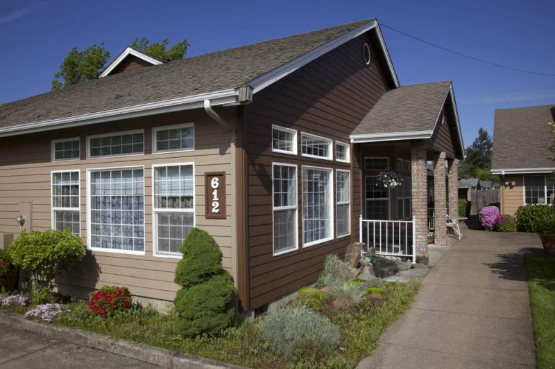 Gateway Living - Springfield, OR