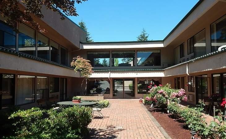 Golden Care Adult Foster Home - Salem, OR