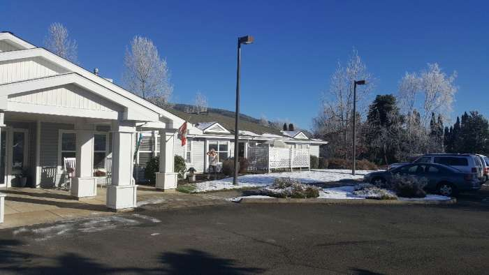 Applegate Place Assisted Living - Sutherlin, OR