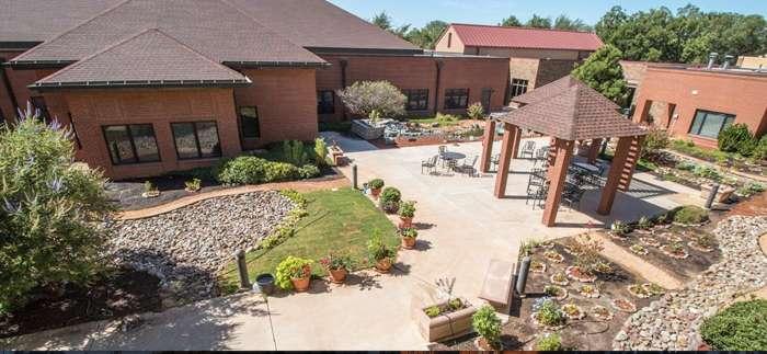 Helen Greathouse Manor - Midland, TX
