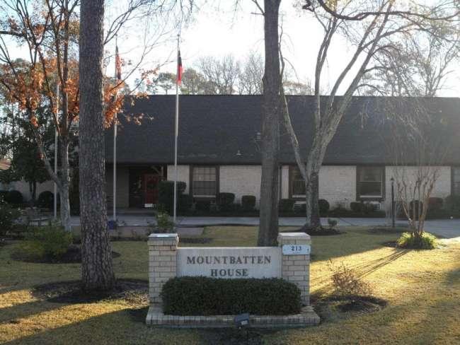 Mountbatten House - Highlands, TX