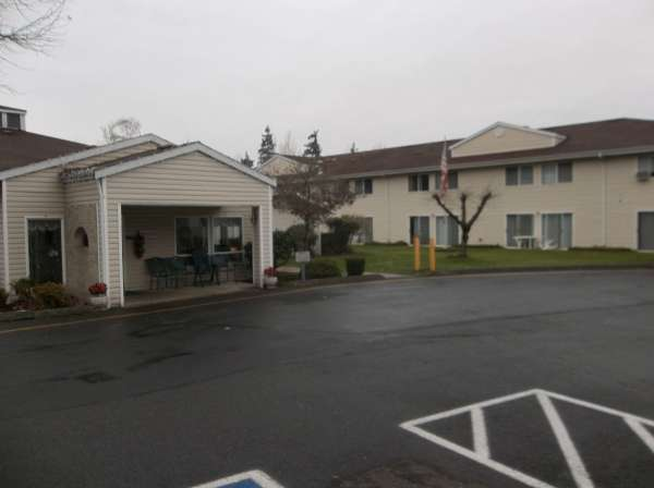 Meridian Hills Assisted Living - Puyallup, WA