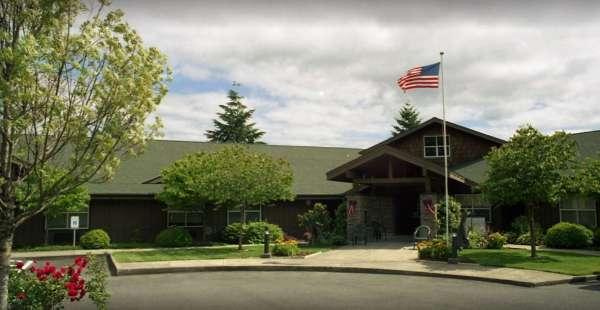 Rock Cove Assisted Living - Stevenson, WA