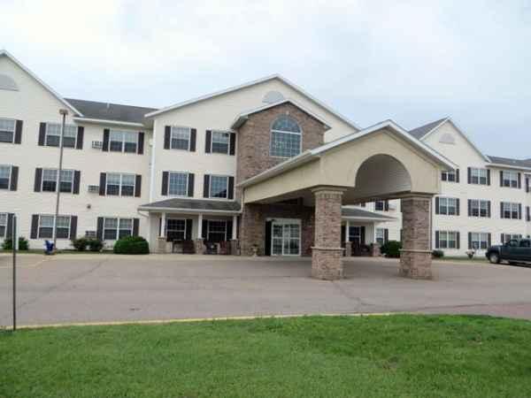 Goldfinch Estates Memory Care in Fairmont, MN