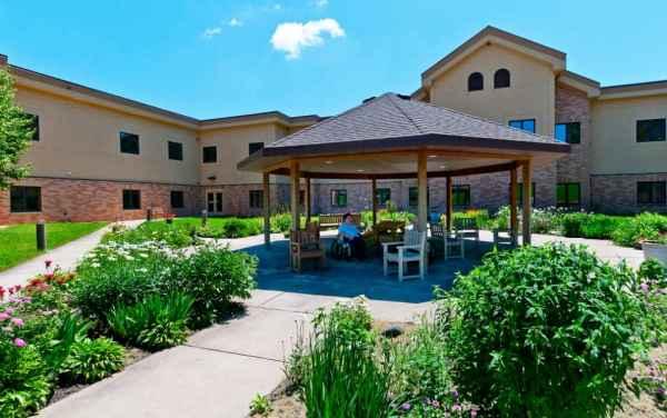 Oak Hills Living Center in New Ulm, MN