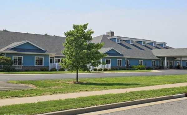 Pine Ridge Assisted Living and Memory Care - Wisconsin Rapids, WI