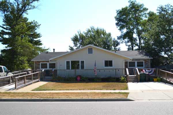 Casa De Oakes Reedsburg - Reedsburg, WI