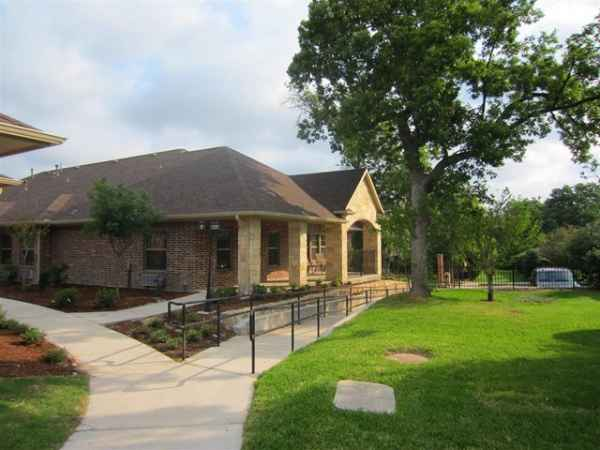 Mayberry Gardens Assisted Living Garland In Garland Tx