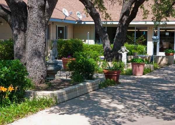 Arlington Villa Retirement And Nursing Community In