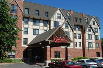 Maple Pointe at Rockville Center Assisted Living